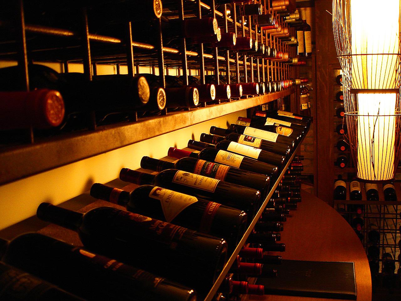 adega-vinho-como-armazenar-para-moveis-rusticos