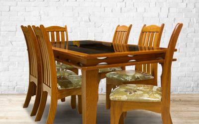 Cadeiras de madeira maciça: beleza e qualidade
