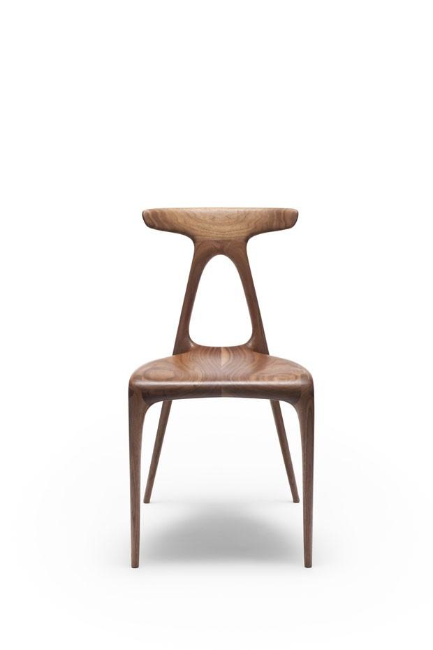 Alpha Chair foi produzida pelo design australiano Brodie Neill